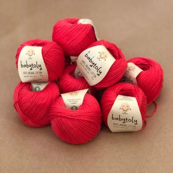 10 Yarn Bundle - Red Apple